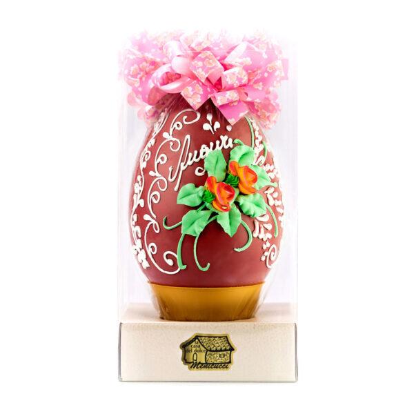 Uovo di Cioccolato Ruby Decorato a Mano